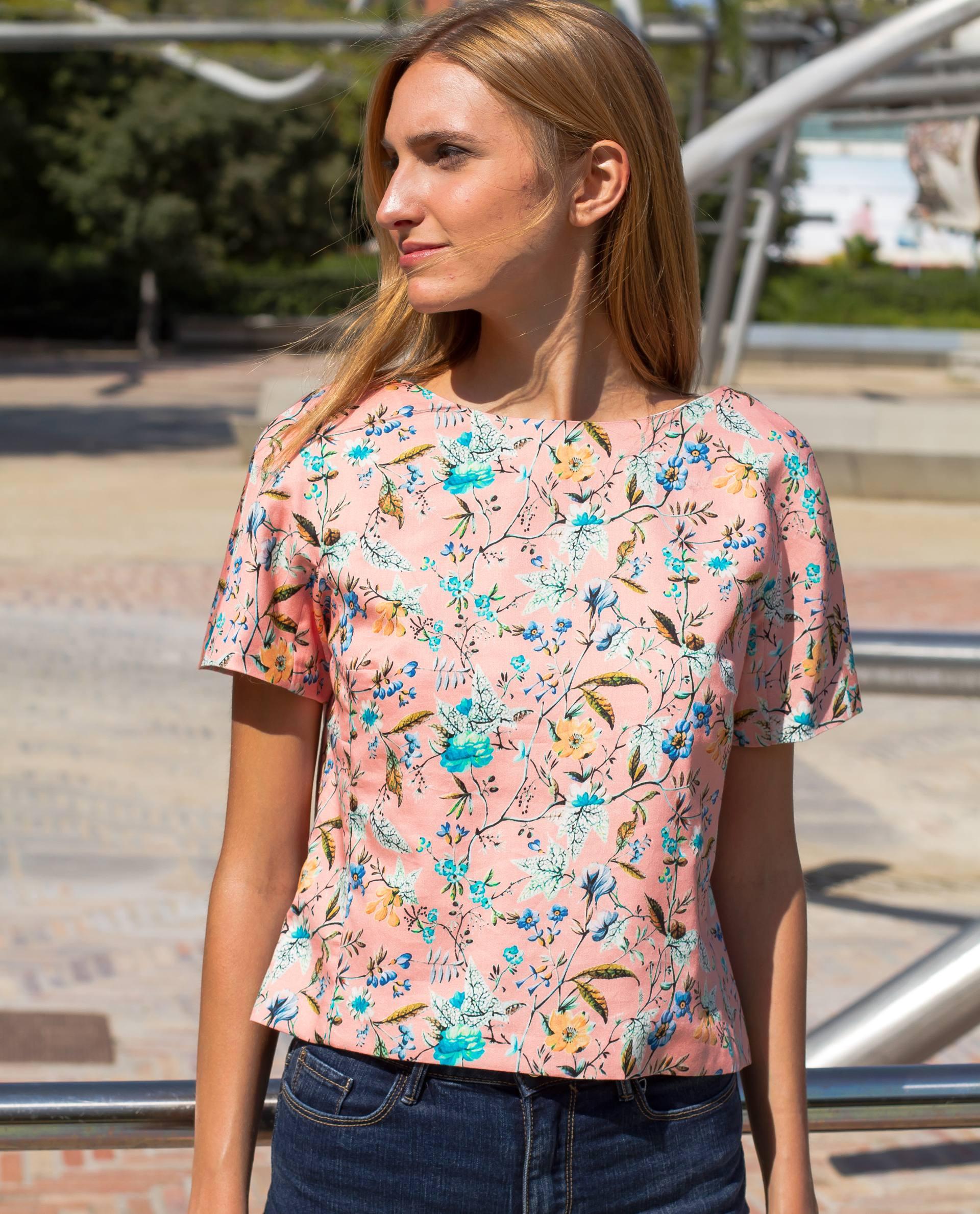 PRÊT À PORTER-SPRING/SUMMER 2018 - TOPS - Top de algodón rosa estampado con flores