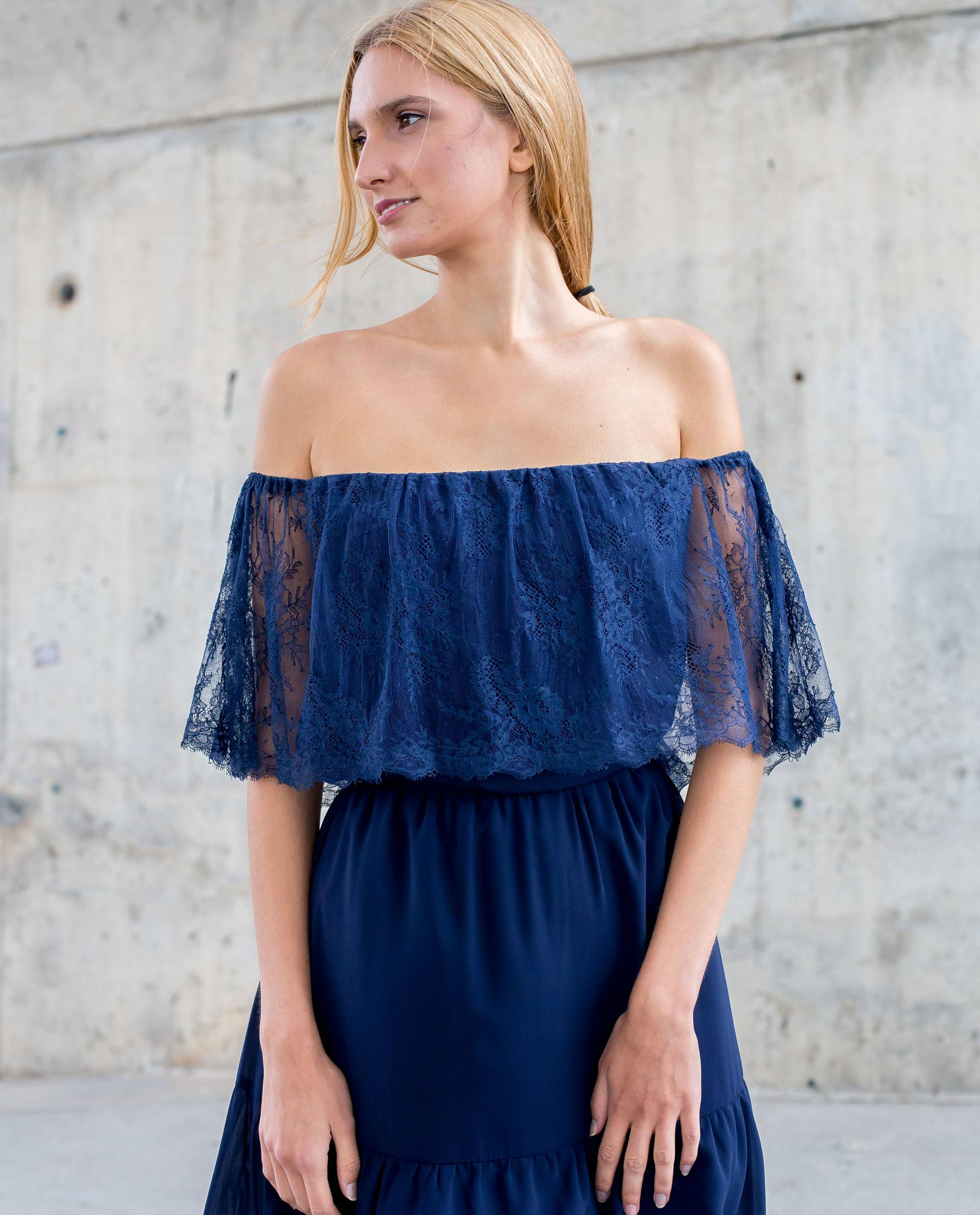 PRÊT À PORTER-SPRING/SUMMER 2018 - TOPS - Top azul marino hombros caidos