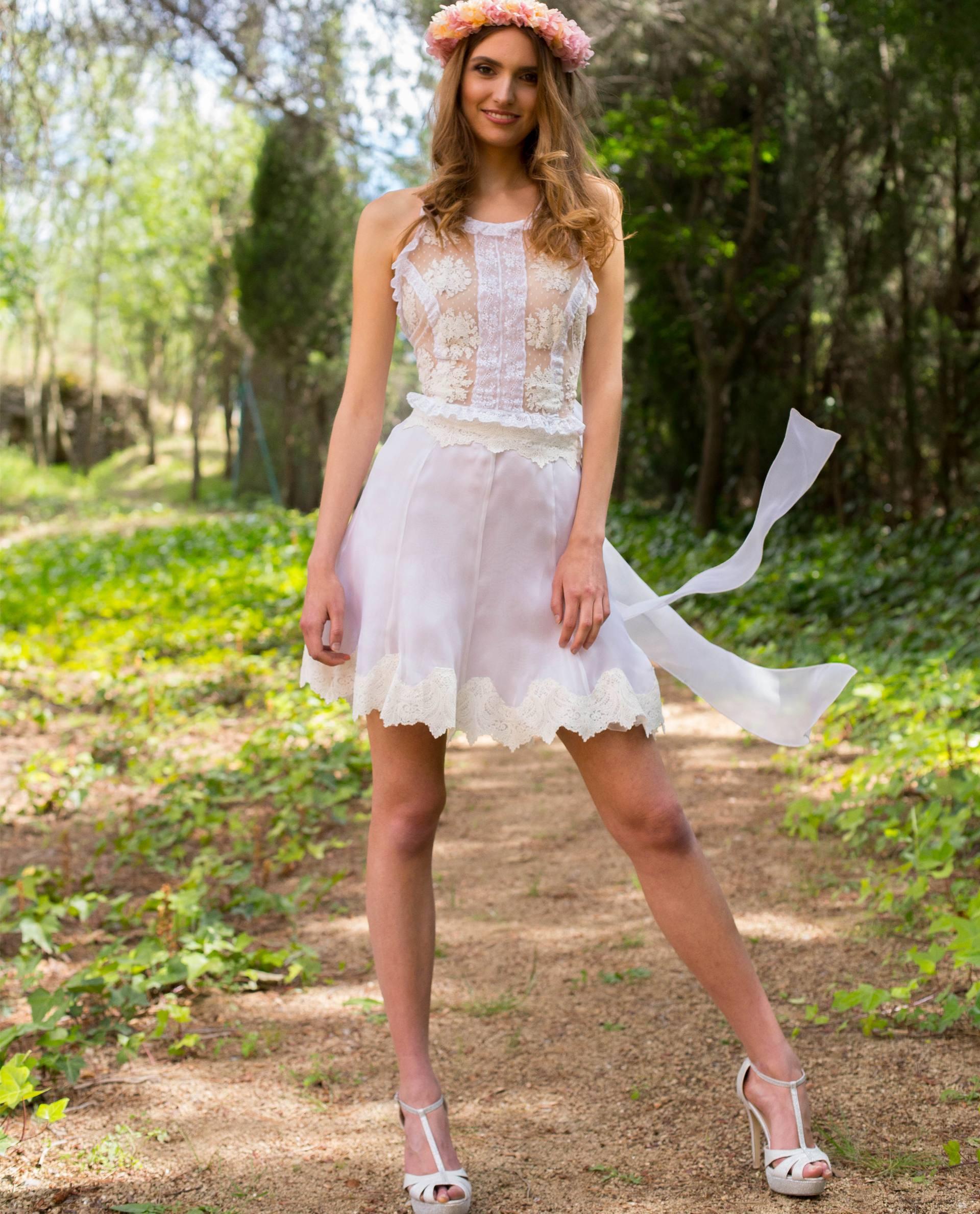 Falda corta para novias decididas