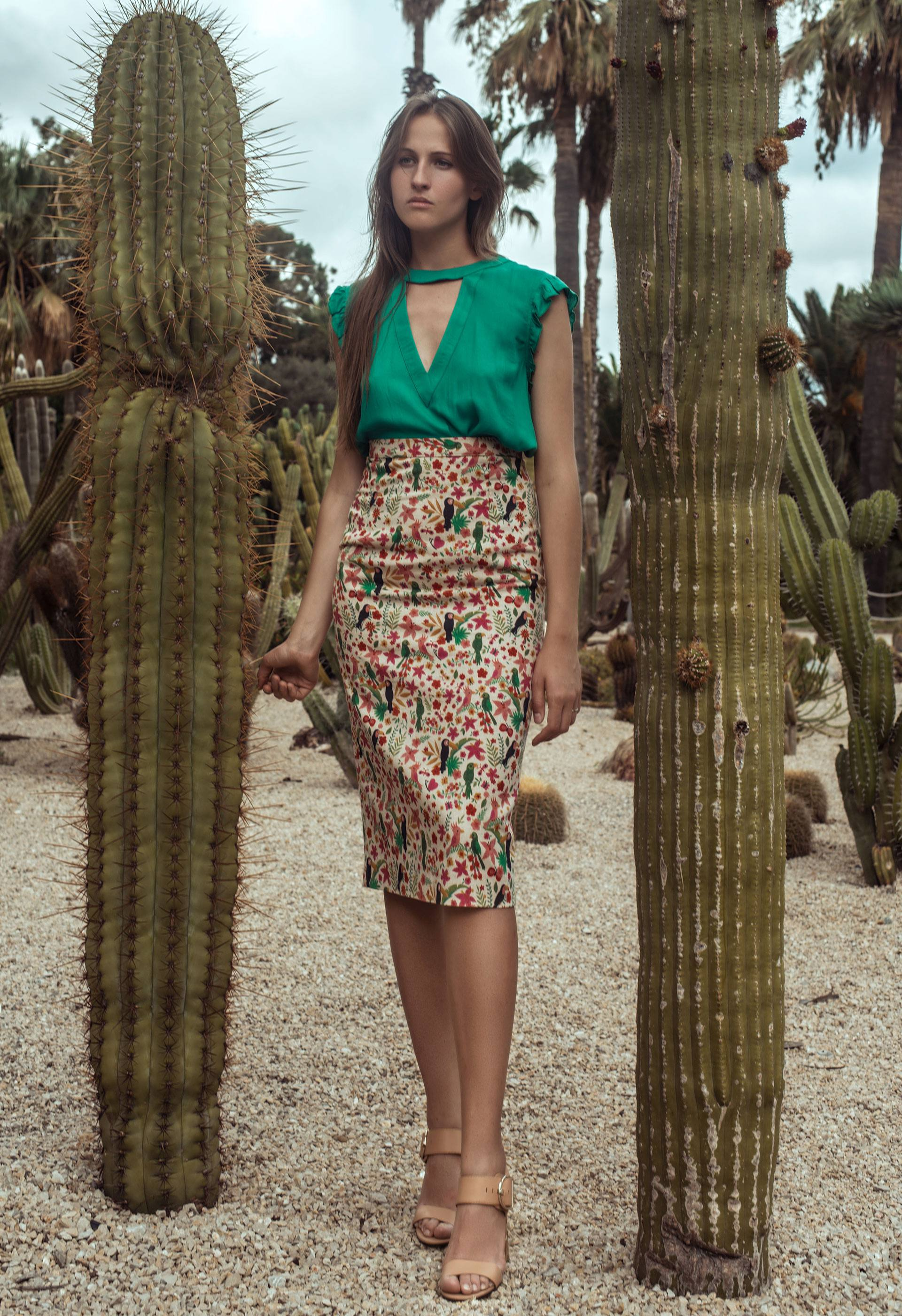 Falda tubo estampado tropical IO DREAMS
