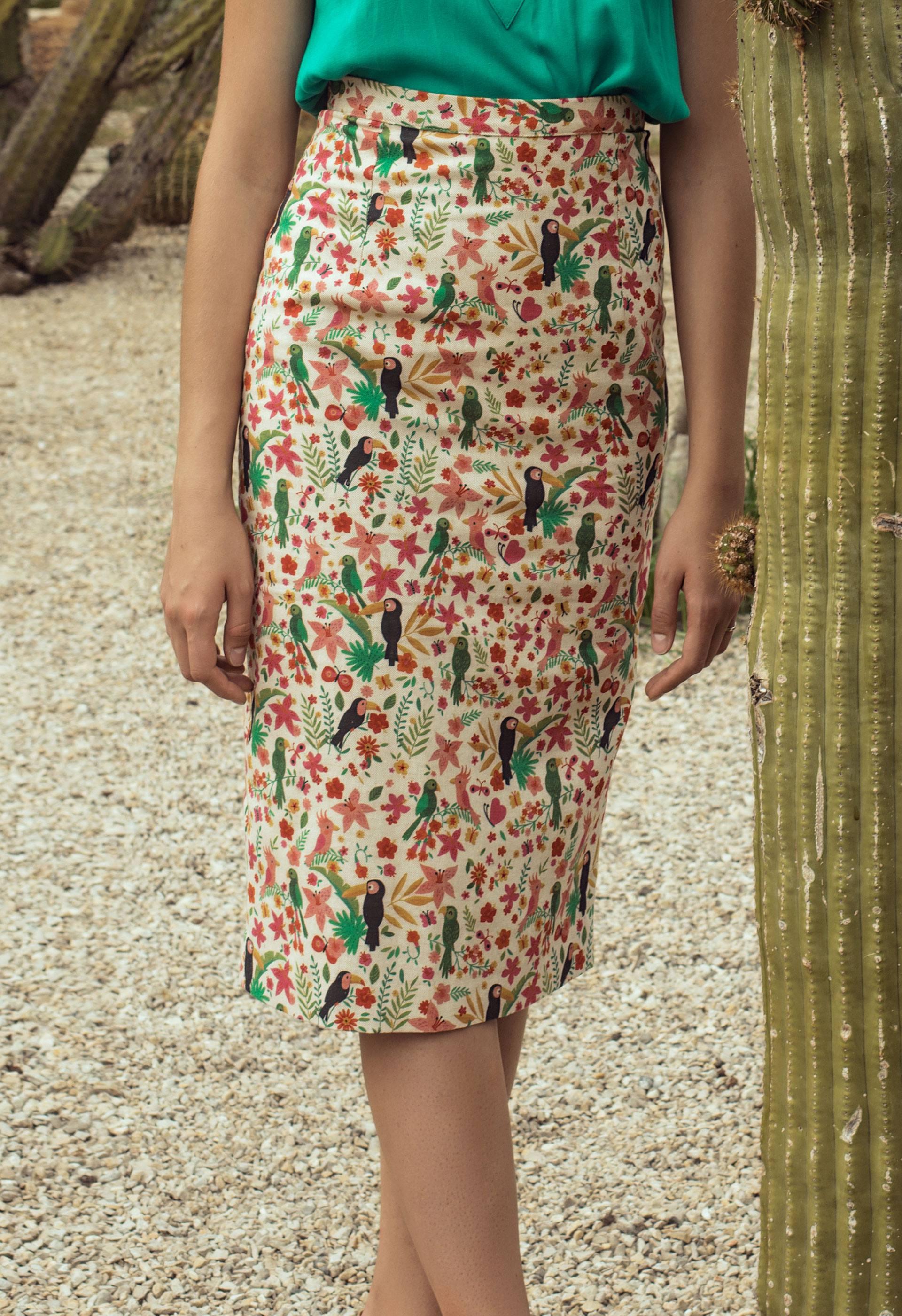 Detalle de la falda tubo Akame