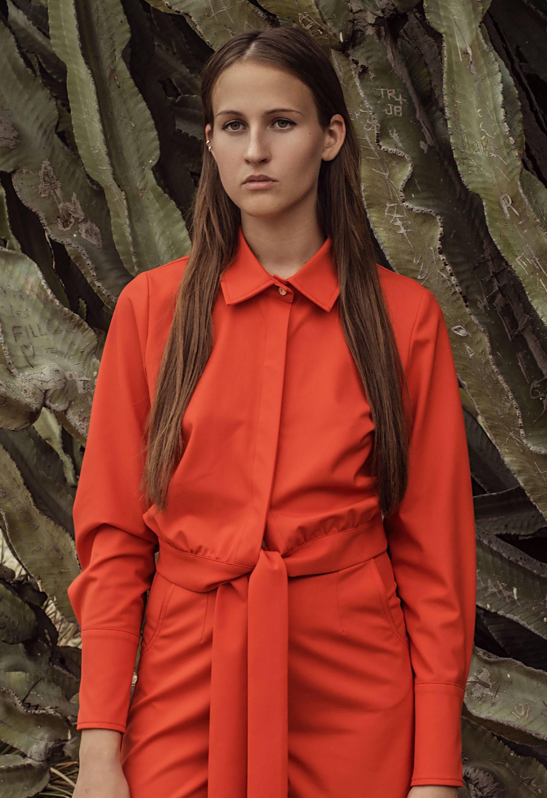 Camisa naranja de manga larga IO DREAMS