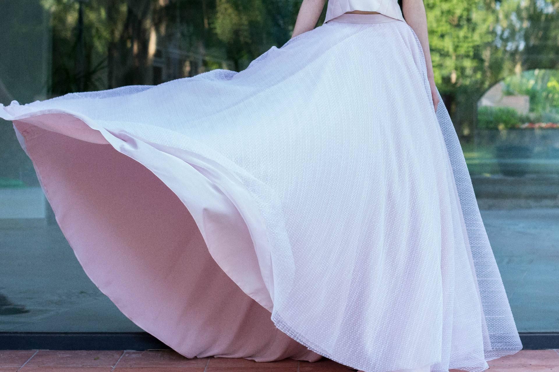 Detalle del vuelo de la falda Norma