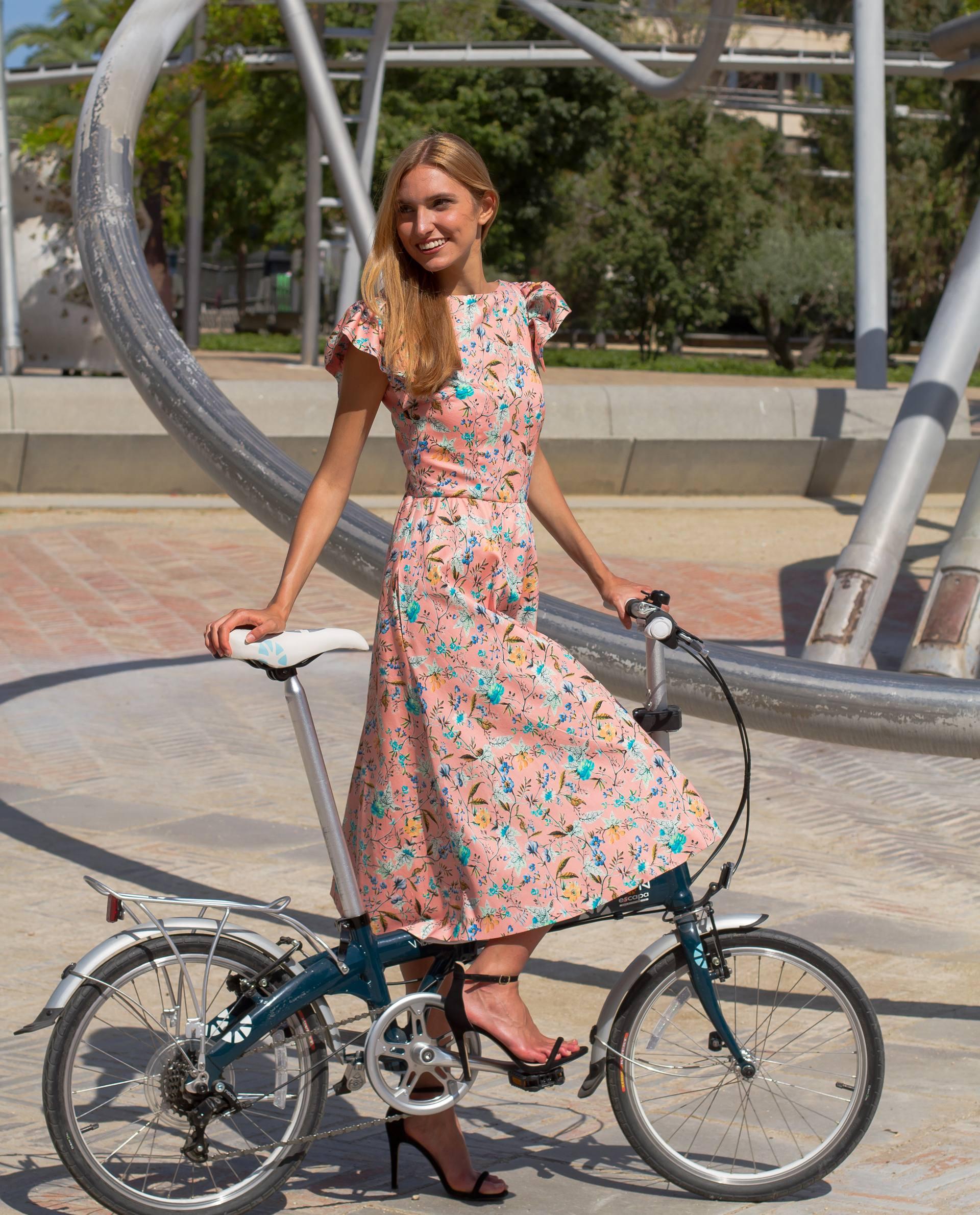 PRÊT À PORTER-SPRING/SUMMER 2018 - VESTIDOS - vestido de algodón rosa con estampado floral y mangas de volantes